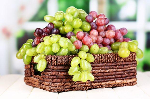 Trauben weintrauben for Weintrauben im garten anbauen