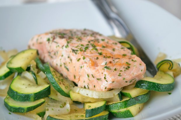 Wildlachs Mit Gemüse Vom Grill Rezept Gutekuechech