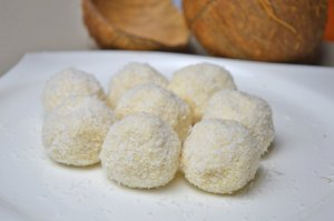 6 rezepte zu valentinstag kokosnuss. Black Bedroom Furniture Sets. Home Design Ideas