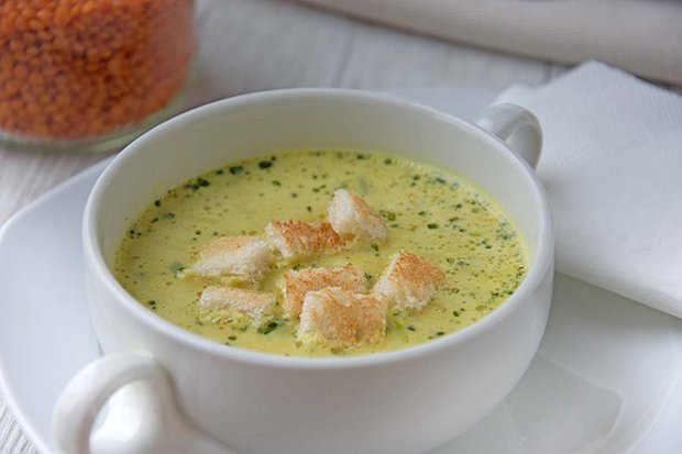 Ananas-Linsen-Suppe