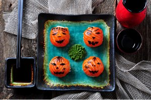 Halloween Lachs-Sushi