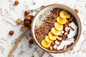 Schoko-Kokos Smoothie Bowl