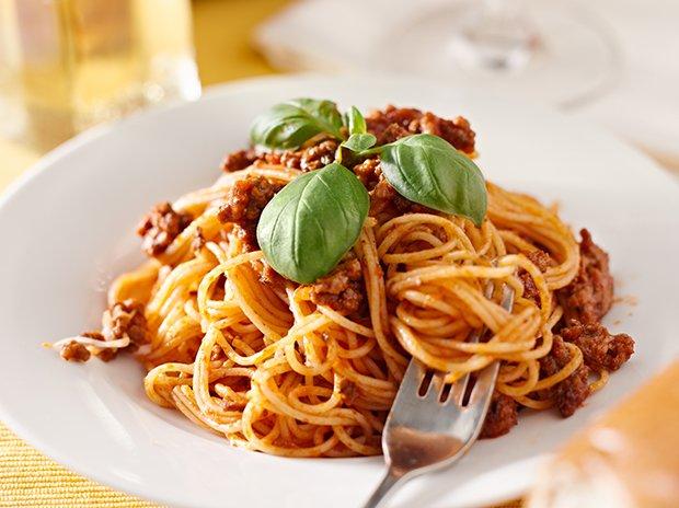 spaghetti bolognese rezept. Black Bedroom Furniture Sets. Home Design Ideas