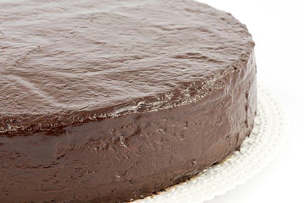 Schokoladenkuchen Mit Glasur Rezept Gutekueche Ch