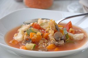 Pikante Linsensuppe mit Poulet