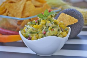 Avocado-Salsa mit Mais