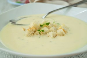 Kartoffel-Buttermilch-Suppe