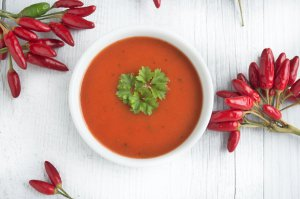 Feurige Tomatensuppe